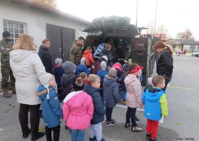 Vojaki na obisku - Vrtec Veržej 04