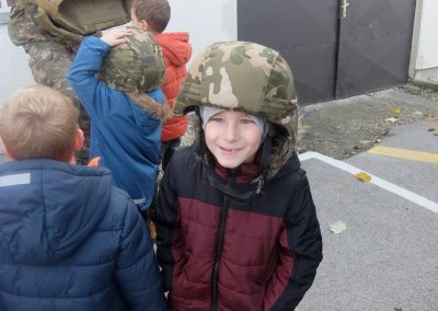 Vojaki na obisku - Vrtec Veržej 07