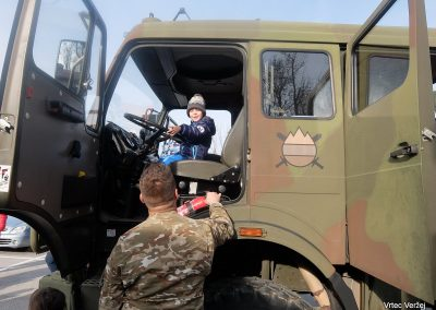 Vojaki na obisku - Vrtec Veržej 34