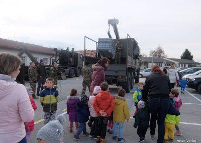 Vojaki na obisku - Vrtec Veržej 46