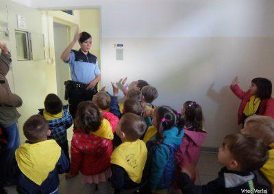 V Ljutomeru na policijski postaji in v knjižnici