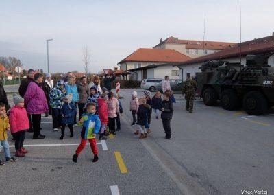 Vojaki na obisku - Vrtec Veržej 14